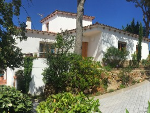 4 Bedroom Sea View Villa with Pool in Pals, Catalonia, Spain