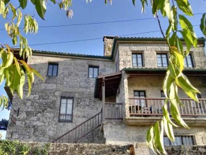 6 Bedroom Characterful Country House with Swimming Pool in Pedre, Galicia, Spain
