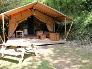 2 bedroom Safari Lodge near Saint Constant, Cantal, Auvergne, France
