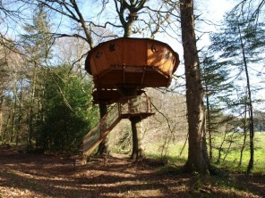 1 bedroom Treehouse near Cléder, Finistère, Brittany, France