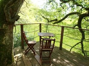 1 bedroom Treehouse near Cléder, Finistère, Brittany, France