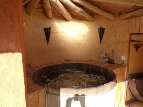 2 bedroom Hobbit House near Salignac-Eyvigues, Dordogne, Nouvelle-Aquitaine, France