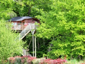1 bedroom Treehouse near Dienne, Vienne, Nouvelle Aquitaine, France