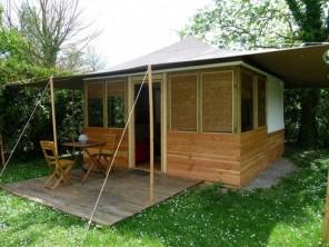 1 bedroom Cabin near L'isle-Sur-La-Sorgue, Vaucluse, Provence-Cote d`Azur, France