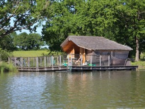 1 bedroom Cabin by the water near Pressac, Vienne, Nouvelle Aquitaine, France