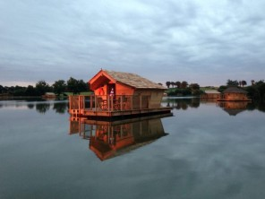 1 bedroom Cabin by the water near Pressac, Vienne, Nouvelle-Aquitaine, France