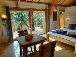 1 bedroom Treehouse near Bonlieu, Jura, Bourgogne-Franche-Comté, France