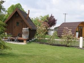 1 bedroom Cabin near Saint Maurice De Tavernole, Charente-Maritime, Nouvelle Aquitaine, France