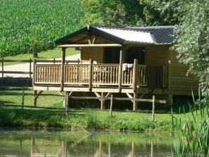 2 bedroom Cabin on Stilts near Suzy, Aisne, Picardy, France