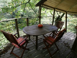 1 bedroom Treehouse near Quistinic, Morbihan, Brittany, France