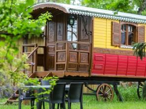 1 bedroom Gipsy Caravan near Le Nizan, Gironde, Nouvelle-Aquitaine, France