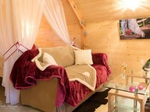 1 bedroom Cabin on Stilts near Voussac, Allier, Auvergne-Rhône-Alpes, France