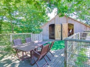 2 bedroom Treehouse near Saint Julien Des Landes, Vendée, Pays de la Loire, France