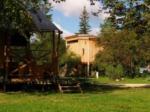 2 bedroom Cabin on Stilts near Chamalières-Sur-Loire, Haute-Loire, Auvergne, France