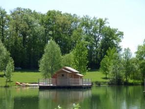 1 bedroom Cabin by the water near Douzains, Lot-et-Garonne, Nouvelle Aquitaine, France