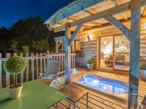 1 bedroom Cabin on Stilts near Clairac, Lot-et-Garonne, Nouvelle Aquitaine, France