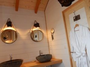 1 bedroom Cabin on Stilts near Clairac, Lot-et-Garonne, Nouvelle-Aquitaine, France