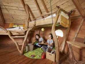 1 bedroom Treehouse near Moulicent, Orne, Normandie, France