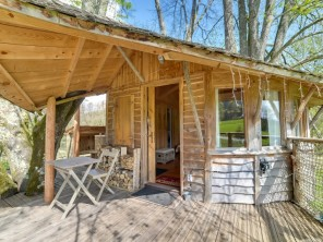1 bedroom Treehouse near Corcelle-Mieslot, Doubs, Burgundy-Franche-Comté, France