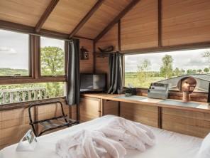 1 bedroom Cabin near Jouey, Côte-d'Or, Bourgogne-Franche-Comté, France