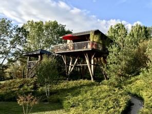 1 bedroom Cabin on Stilts near Jouey, Côte-d'Or, Burgundy-Franche-Comte, France