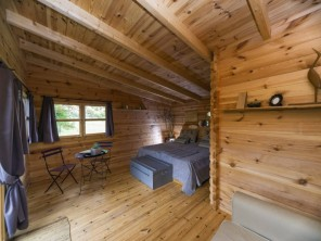 1 bedroom Cabin on Stilts near Louverné, Mayenne, Pays de la Loire, France