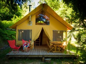 2 bedroom Cabin near Saint Jean Du Gard, Gard, Languedoc-Roussillon, France