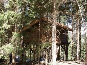 1 bedroom Treehouse near Saint Nicolas La Chapelle, Savoie, Rhone Alps, France