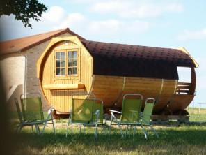 1 bedroom Barrel near Lugny, Saône-et-Loire, Burgundy-Franche-Comte, France