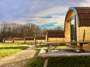 1 bedroom Barrel near Lugny, Saône-et-Loire, Bourgogne-Franche-Comté, France
