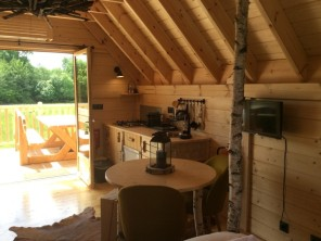 1 bedroom Cabin on Stilts near Berson, Gironde, Nouvelle-Aquitaine, France