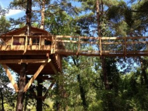 1 bedroom Treehouse near Beynes, Alpes-de-Haute-Provence, Provence-Cote d`Azur, France