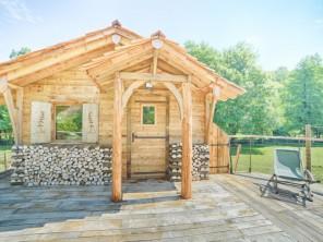 1 bedroom Cabin near Corcelle-Mieslot, Doubs, Burgundy-Franche-Comté, France