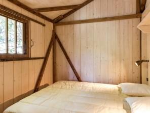 2 bedroom Ecolodge near Balazuc, Ardèche, Auvergne-Rhône-Alpes, France