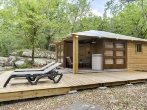 2 bedroom Ecolodge near Balazuc, Ardèche, Rhone Alps, France