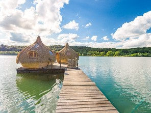 2 bedroom Cabin by the water near Chassey-Lès-Montbozon, Haute-Saône, Burgundy-Franche-Comté, France