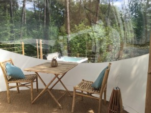 1 bedroom Bubble near Salleboeuf, Gironde, Nouvelle-Aquitaine, France
