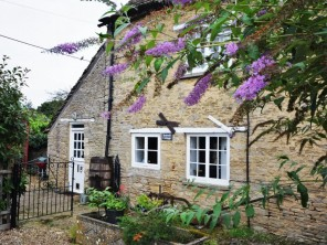 2 bedroom Cottage near Lechlade, Oxfordshire, England