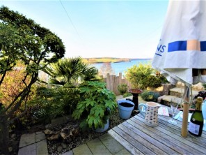 2 bedroom Cottage near Y Felinheli, North Wales, Wales