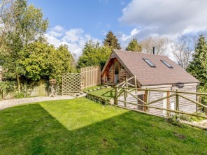 2 bedroom Chalet / Lodge near Ashton -under- Hill, Worcestershire, England