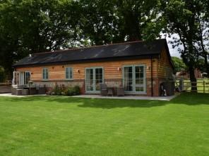 2 bedroom House / Villa near Southampton, Hampshire, England