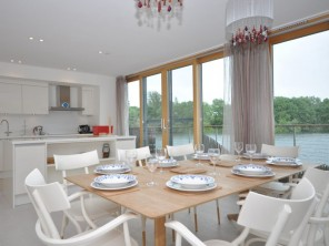 4 bedroom House near Lechlade, Gloucestershire, England