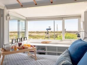 2 bedroom Cottage near Dungeness, Kent, England