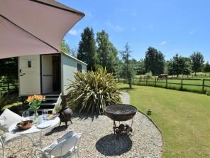 1 bedroom Cottage near Benenden, Kent, England