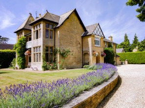 2 bedroom Apartment near Chipping Norton, Oxfordshire, England
