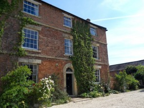 6 bedroom House near Moreton -in- Marsh, Warwickshire, England