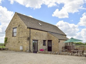 2 bedroom House / Villa near Witney, Oxfordshire, England