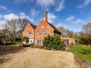 1 bedroom House / Villa near Brockenhurst, Hampshire, England