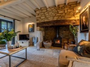 1 bedroom Cottage near Moreton -in- Marsh, Gloucestershire, England