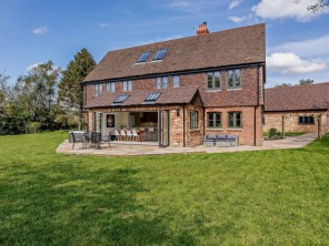 6 bedroom Cottage near Etchingham, Sussex, England
